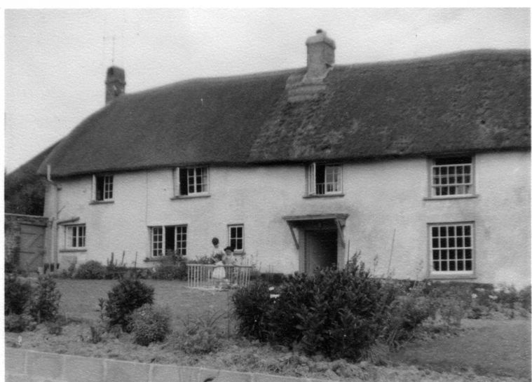 The front of Falkedon Farmhouse in the 1950s